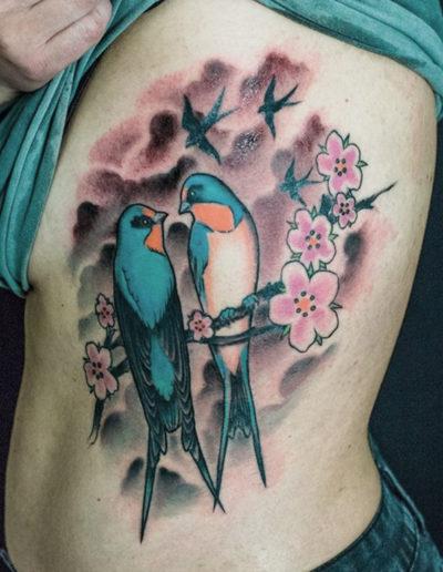 svaletatovering fugle tatovering