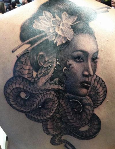 slange geisha tatovering